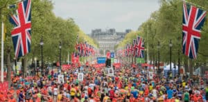 crowd of runners at London Marathon